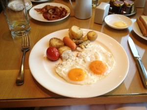 Club Lounge Hot Breakfast