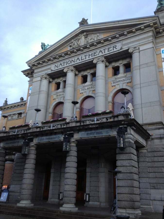 National Theater - Johans Gate