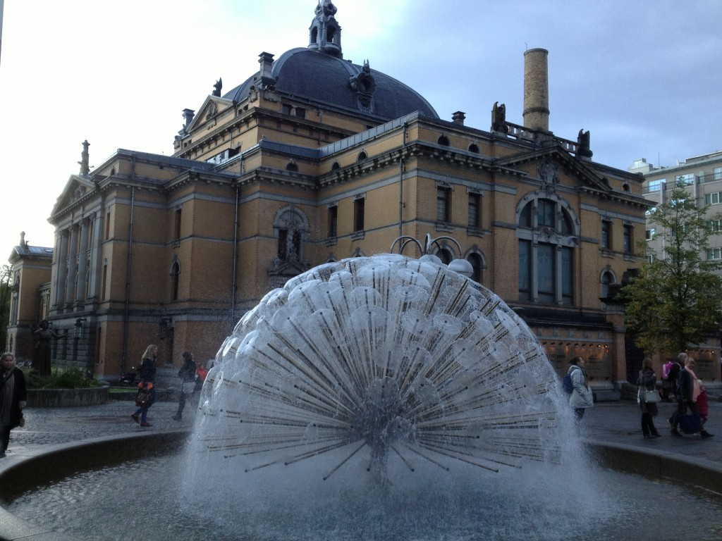'Dandelion' Fountain - National Theater Square - Johans Gate