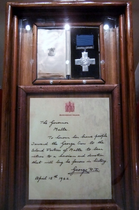 War Museum of Malta The George Cross (600x900)