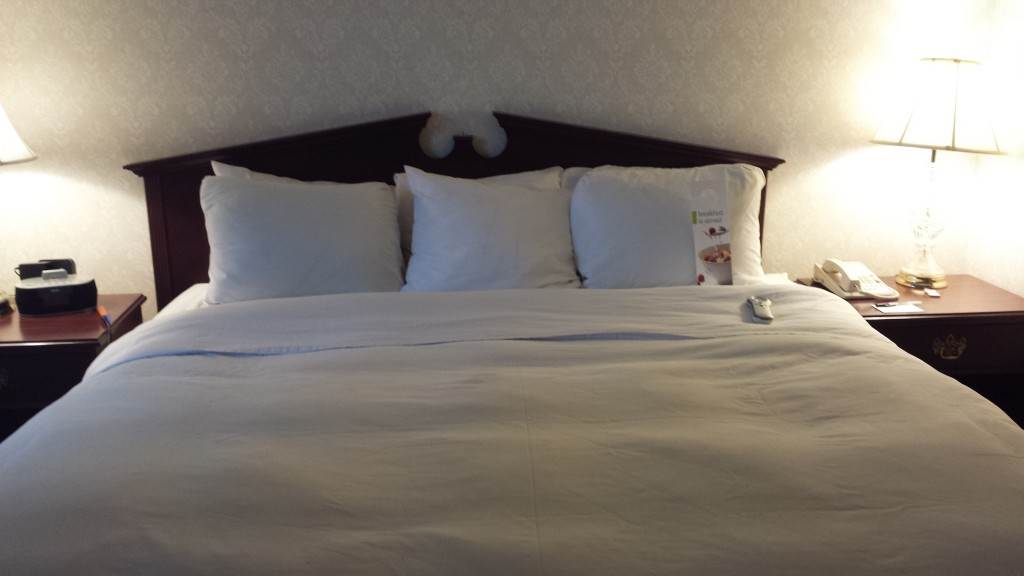 Radisson Austin bed
