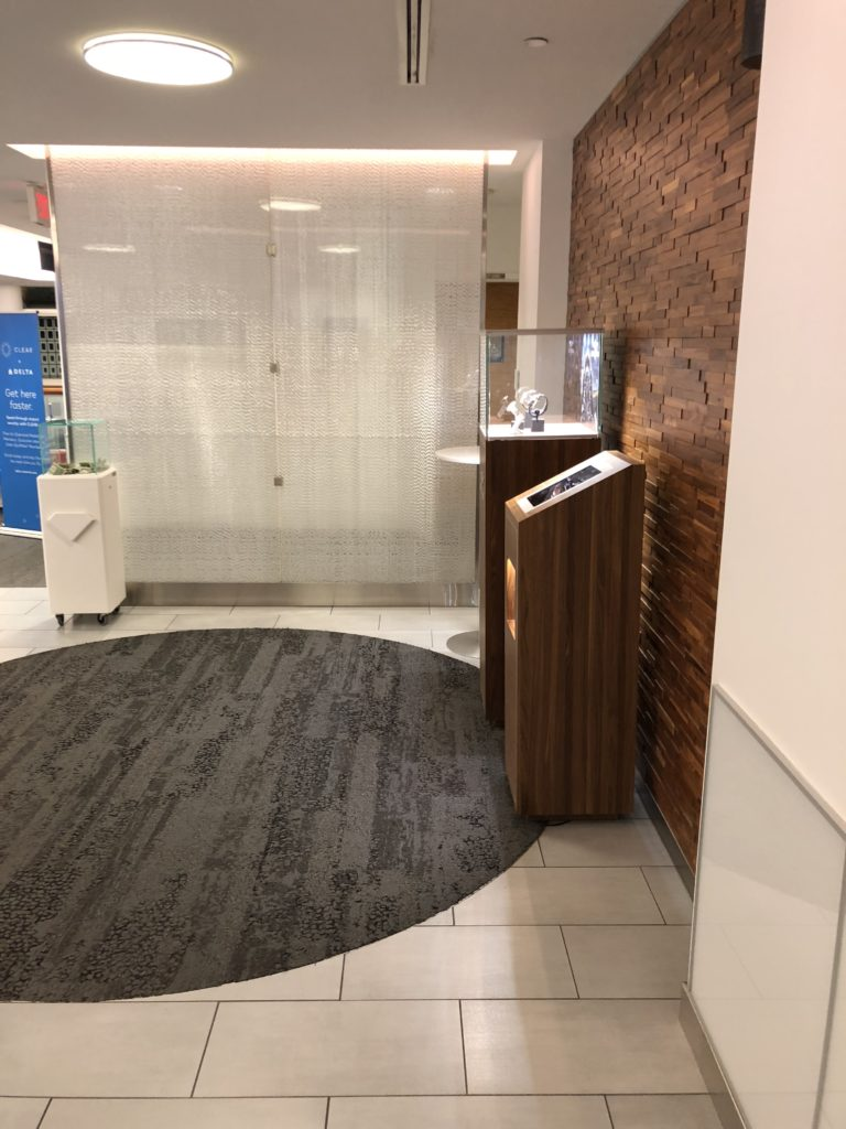Delta Sky Club Minneapolis Quick Overview