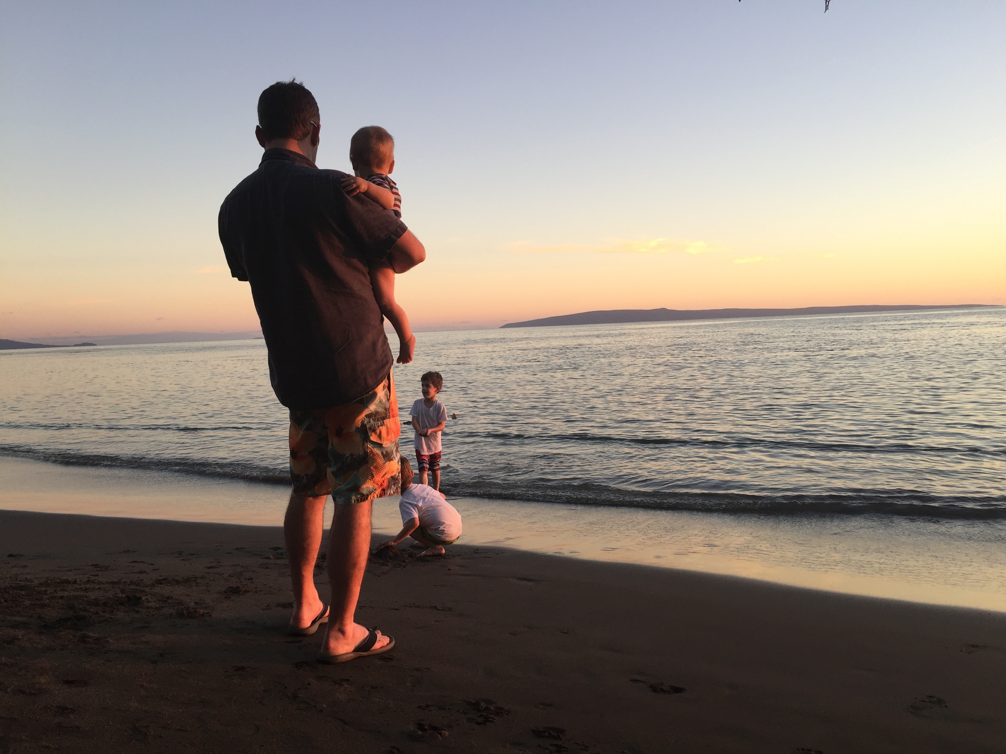 Sunset Maui with the kids