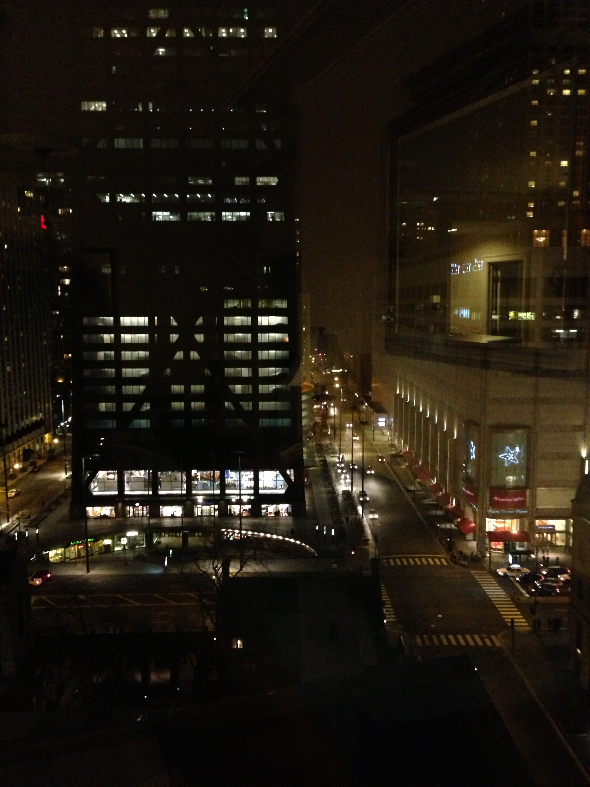The tremont chicago hotel review at magnificent mile for Hotels in chicago under 100