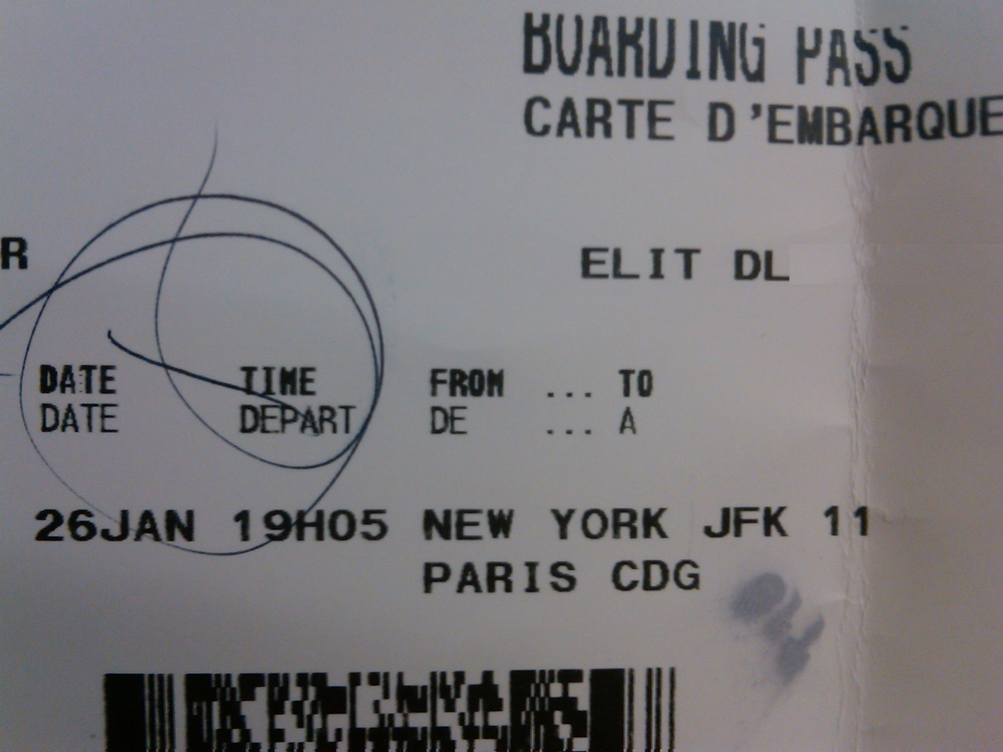 Why flying international economy coach is not the end of for New york to paris flight