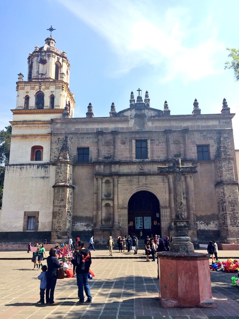 The Sights And Sounds Of Coyoacan In Mexico City Points