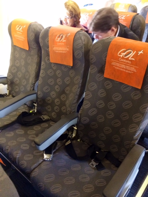 Gol Airlines Cwb Cnf 737 700 Economy Class Points Summary