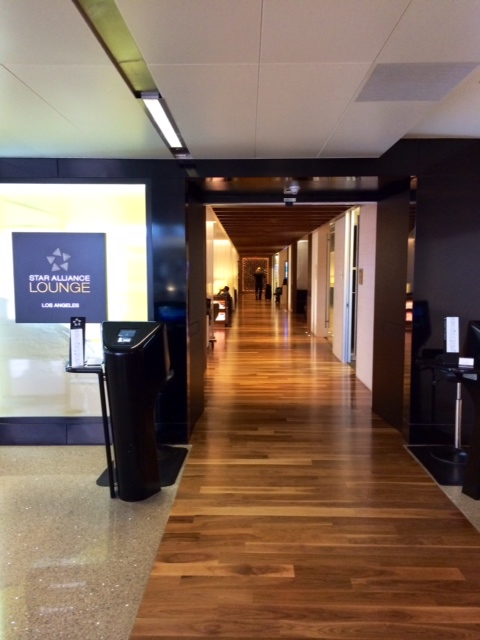 how to get access to etihad lounge