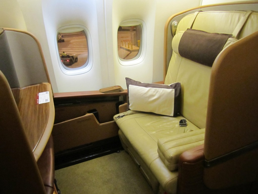 Singapore Airlines First Class MEL-SIN-ICN-SFO Review
